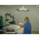 especialista em córnea